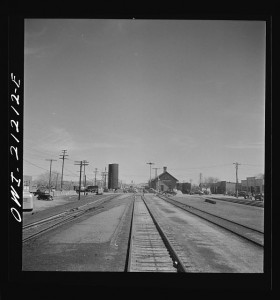 Holbrook, Arizona. Going through the town on the Atchison, Topeka and Santa Fe Railroad between Gallup, New Mexico and Winslow, Arizona. Photo by Jack Delano, courtesy Library of Congress